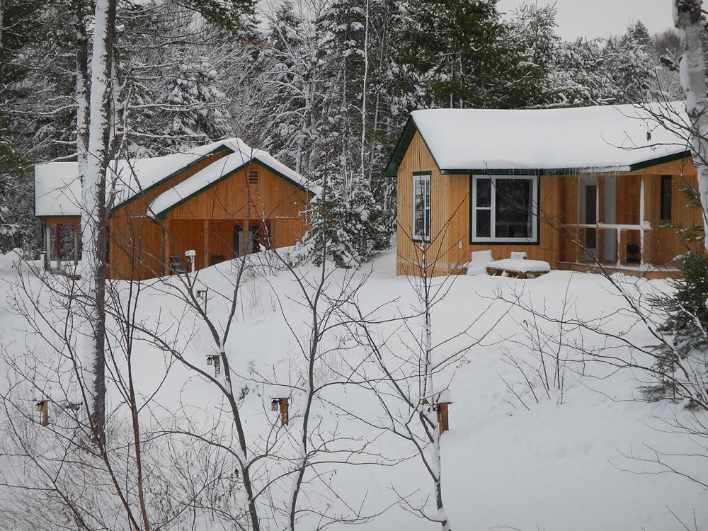 nb-snowmobile-lodge688